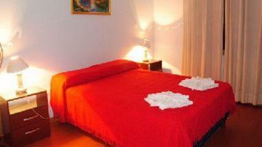 Hostal Urkupiña (Bed & Breakfast)